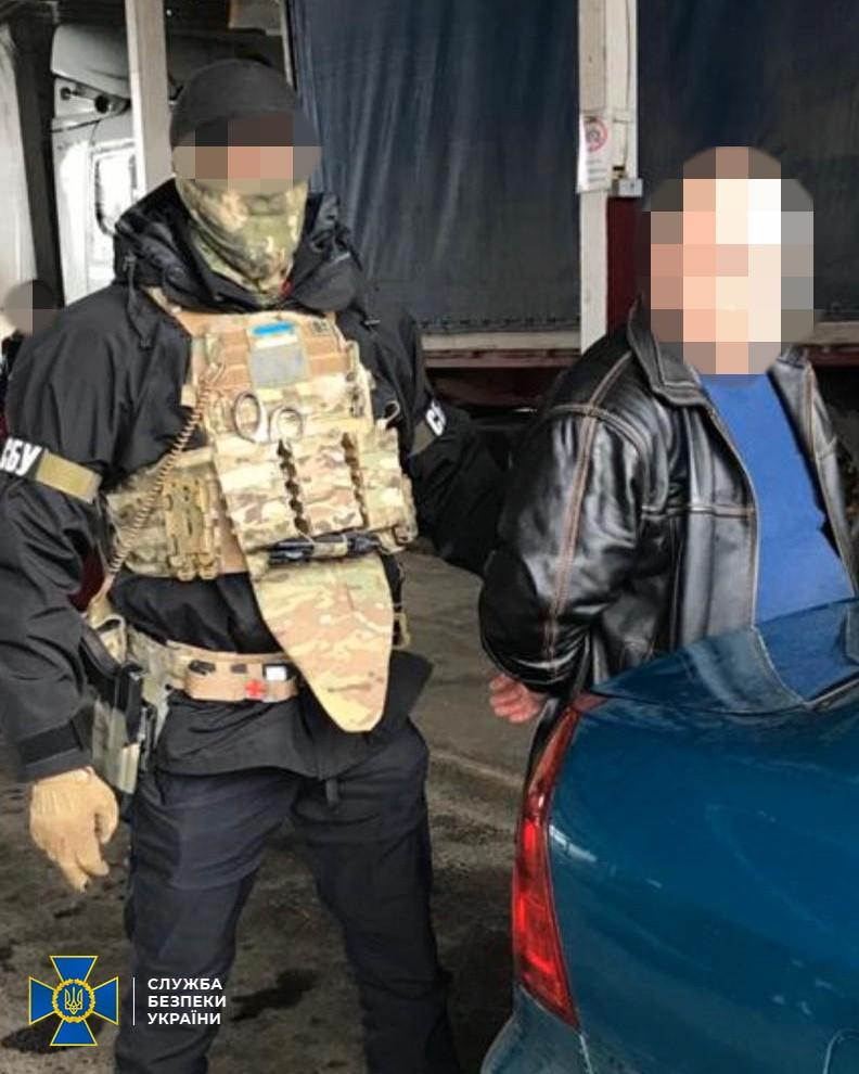 На Волині контррозвідка СБУ викрила агентурну мережу воєнної розвідки РФ, яку очолював колишній військовослужбовець ЗСУ. ВІДЕО