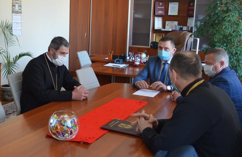 На Волині священики обговорили з міською владою проведення богослужінь під час карантину