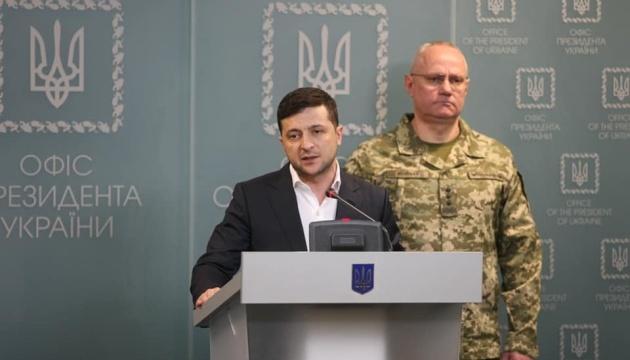 Зеленський запевнив, що крок за кроком Україна рухається до миру на Донбасі