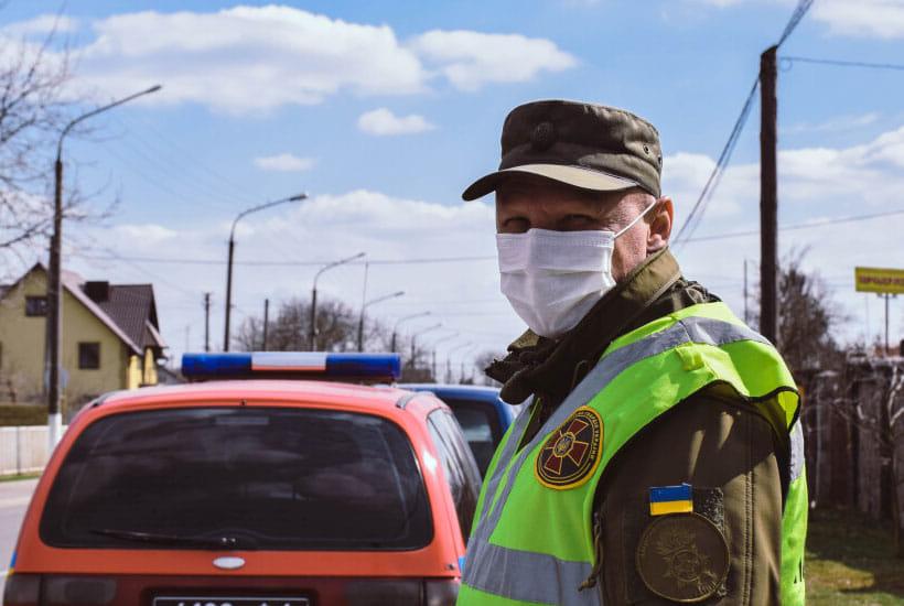 На карантинному посту у Луцьку затримали чоловіка з наркотиками
