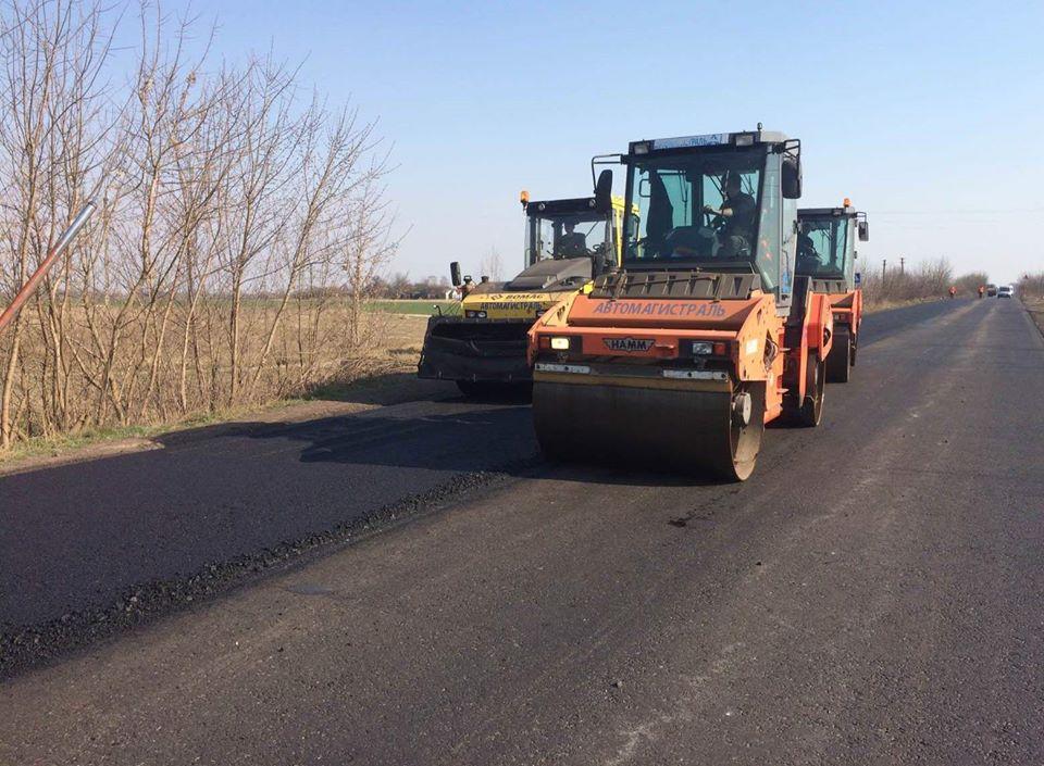 На Волині ремонтують майже 10 кілометрів державного автошляху