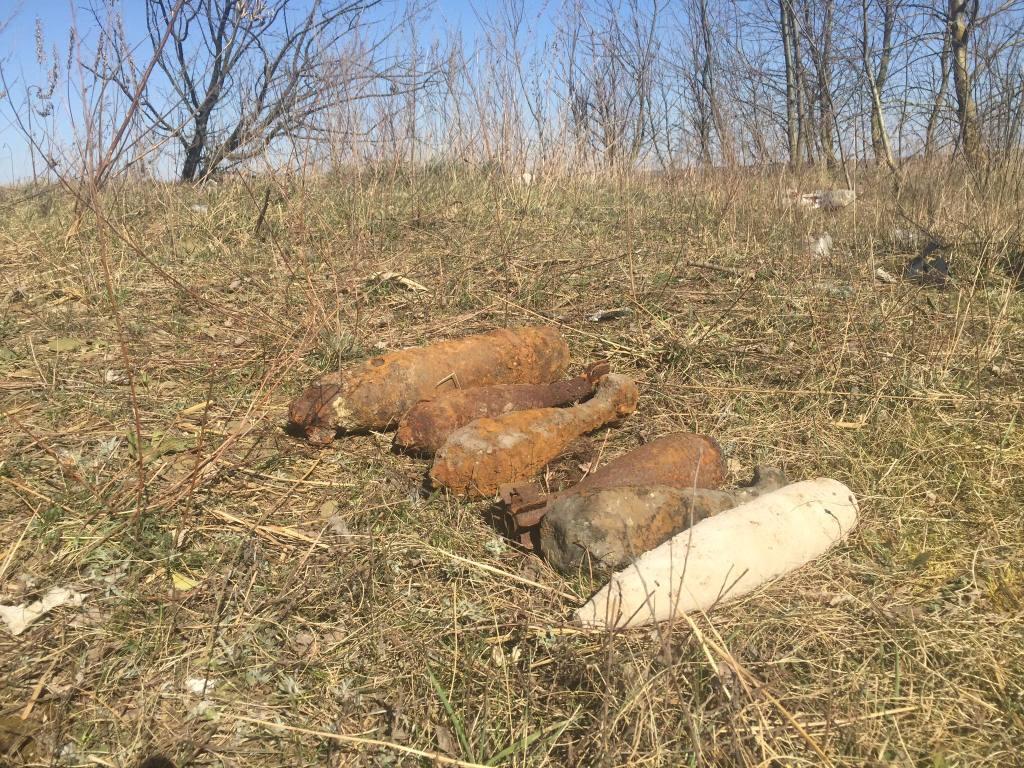 На Волині селяни виявили застарілі боєприпаси