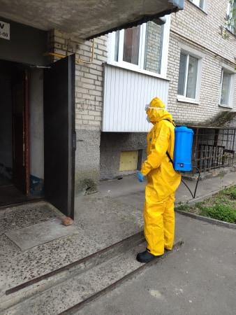 Волинські рятувальники продовжують дезінфекцію будівель