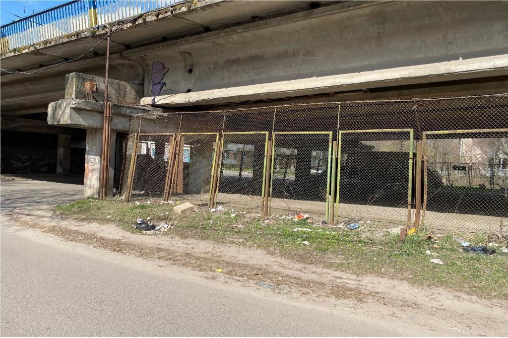 У Луцьку просять ліквідувати стихійне сміттєзвалище