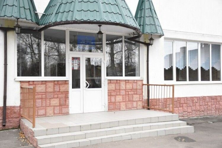 У Луцьку капітально ремонтуватимуть дах музичної школи № 2