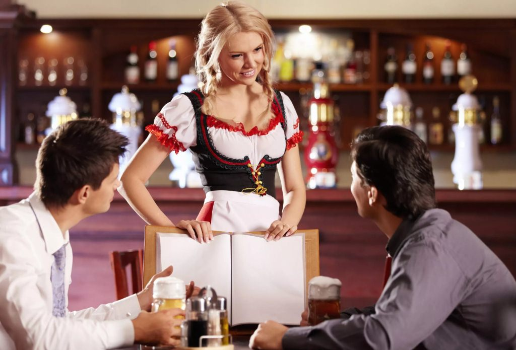 Чому офіціант – важливий працівник ресторанного бізнесу*