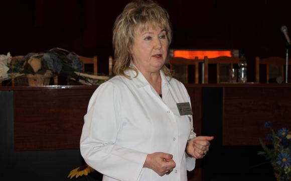 Міську владу Луцька закликають оприлюднити контракт з Ларисою Духневич