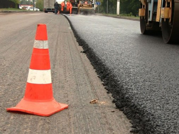 На утримання доріг у Ківерцівському районі витратять майже чотири мільйони