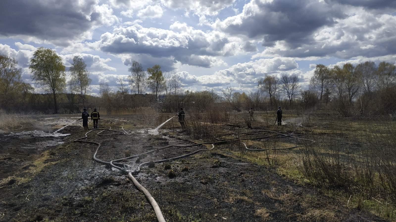 У Маневицькому районі гасили пожежу на торфовищі площею два гектари