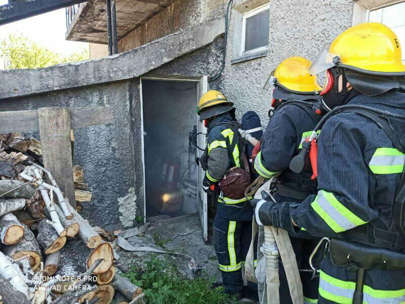 Пожежники на Волині вдосконалювали навики, тренуючись у димокамері