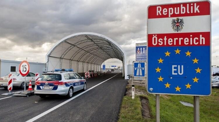 Євродепутати просять прискорити відкриття внутрішніх кордонів ЄС