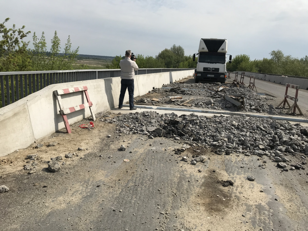 Навколо Луцька ремонтують об'їзну дорогу