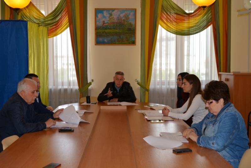 Майнова комісія Волиньради рекомендувала продовжити контракт з директором КП «Освіта»