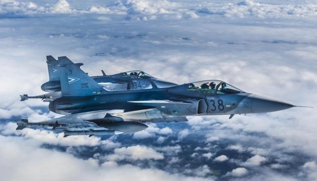 Авіапатруль НАТО чотири рази за тиждень перехоплював літаки РФ над Балтією