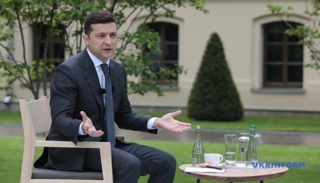 Зеленський заявив, що Уряд не може знайти трьох міністрів через «кадровий голод»