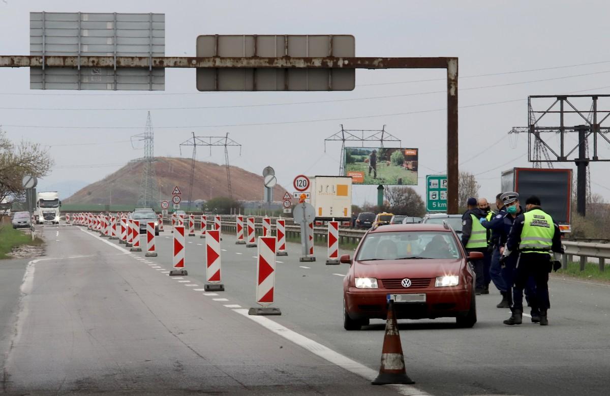 Болгарія послаблює карантин, дозволяє пересування між містами