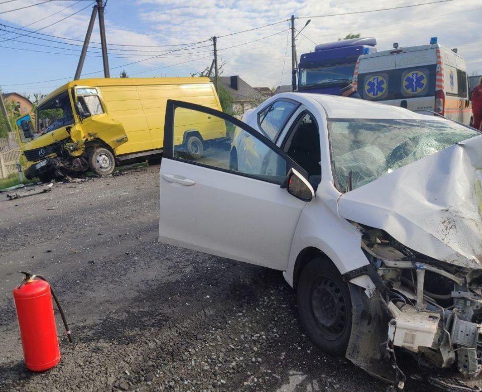 У службі автодоріг закликають волинських водіїв бути обережними на дорогах, що ремонтуються