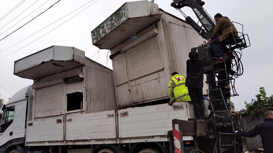 Муніципали демонтували низку кіосків поблизу «Центрального» ринку Луцька