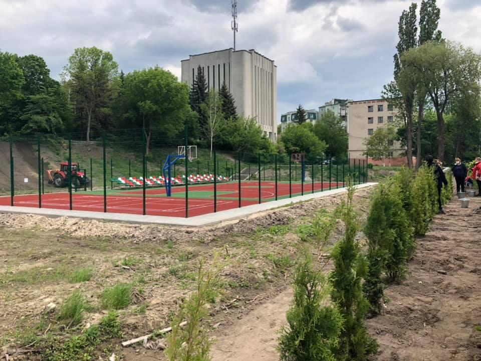 У центрі Луцька відкриють новий баскетбольний майданчик