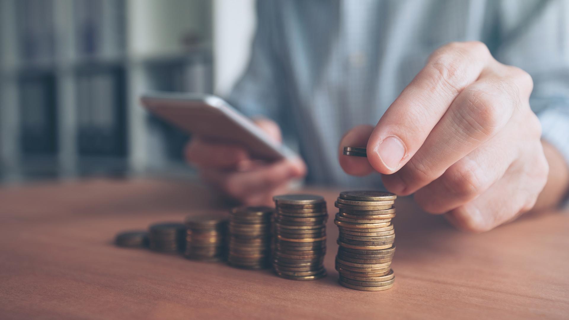 Волинські платники податків спрямували до бюджетів понад 2,8 мільярда гривень платежів
