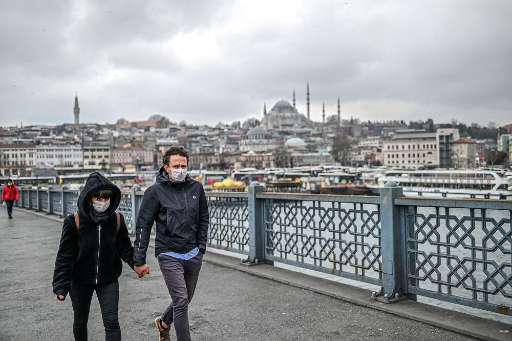 Туреччина анонсувала послаблення карантину