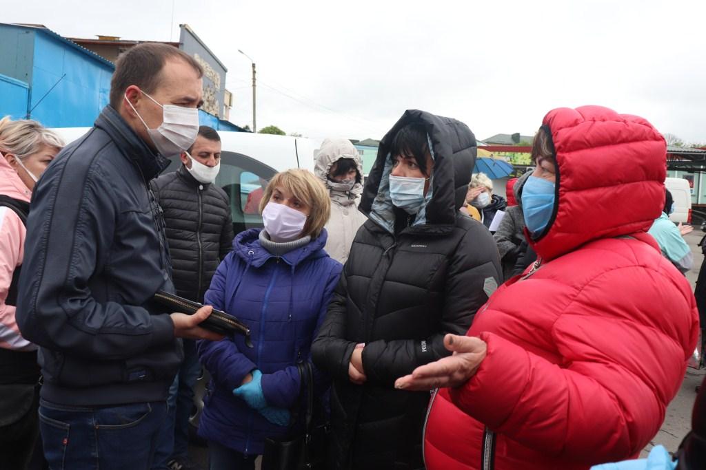 Підприємці у Володимирі-Волинському зустрілися з міською владою щодо відкриття непродовольчих ринків