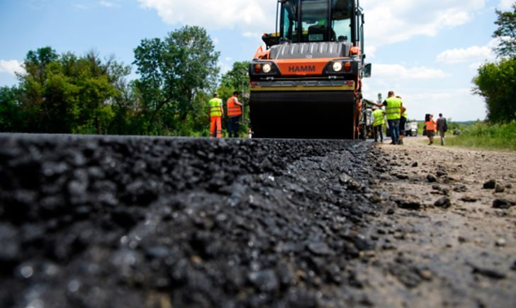 На утримання доріг у п'яти районах Волині витратять понад 26 мільйонів
