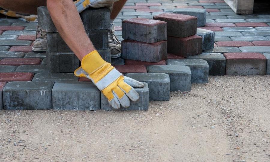 У Ковелі просять капітально відремонтувати тротуари на вулиці Незалежності