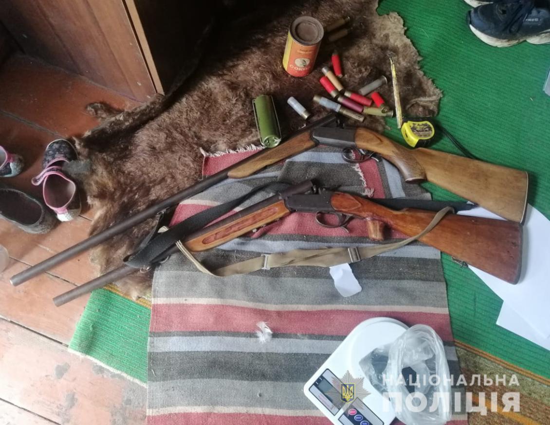 У Ратнівському районі поліція вилучила незареєстровані рушниці та боєприпаси