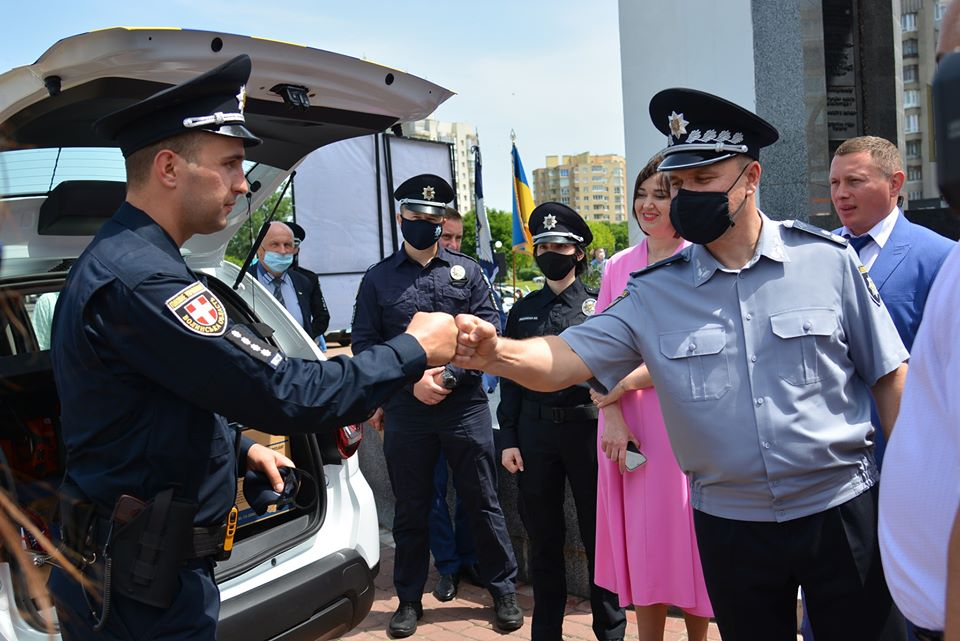 25 територіальних громад Волині та їхні «шерифи» отримали нові позашляховики