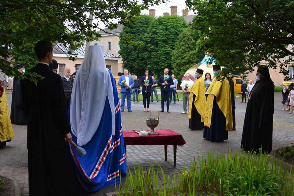У Луцьку молилися за упокій душ розстріляних в'язнів Луцької тюрми