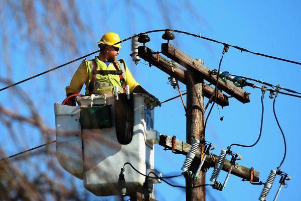 Будинки знеструмлюються: у місті на Волині просять модернізувати електромережі у приватному секторі
