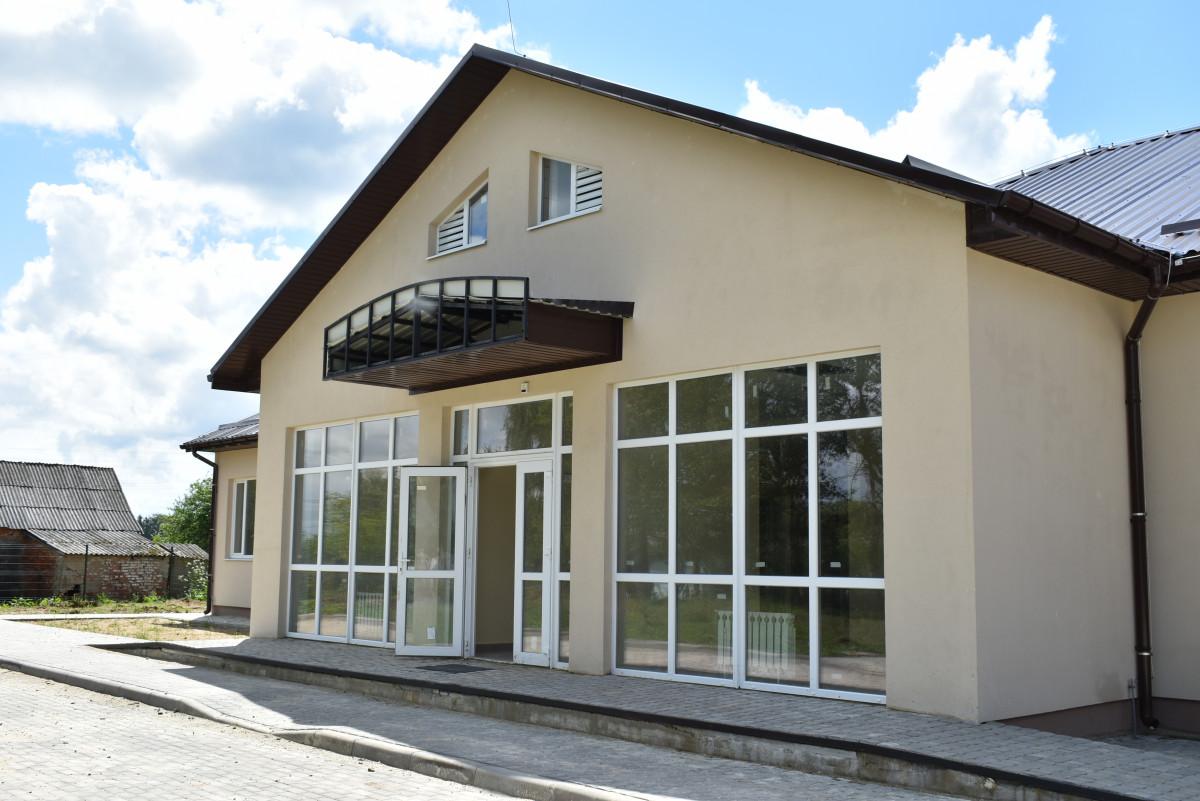 У селі на Волині добудовують нову амбулаторію