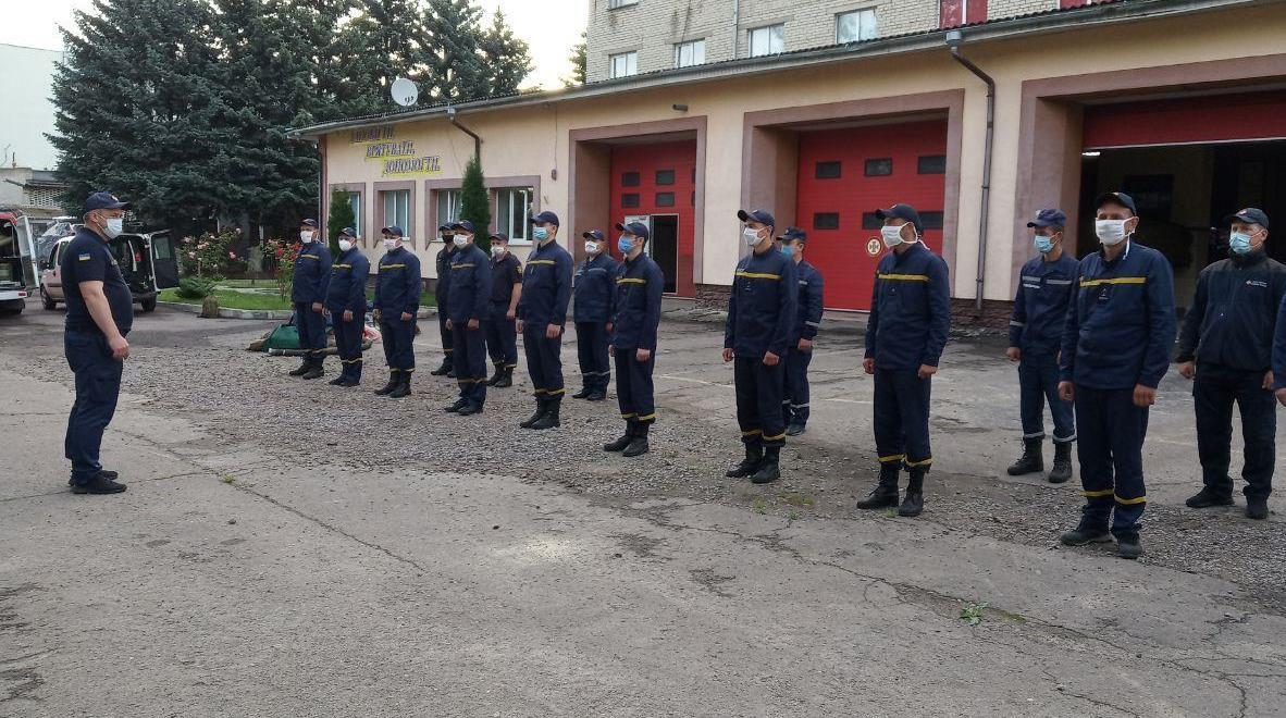Волинські рятувальники ліквідовуватимуть наслідки негоди у Карпатському регіоні