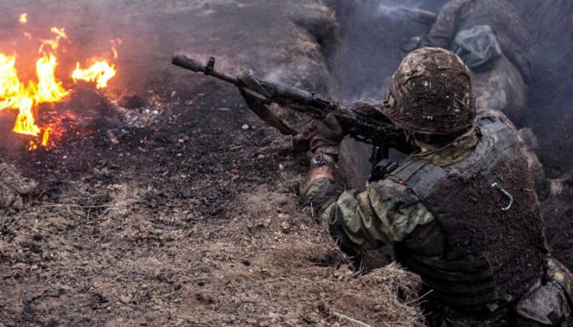 Окупанти 12 разів порушили «тишу», поранені двоє українських військових