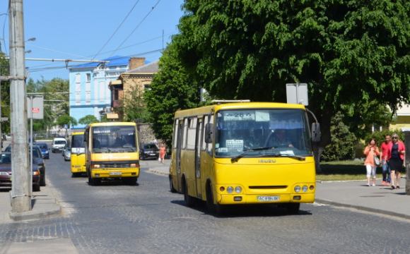 Чи зупинятимуть у Луцьку роботу транспорту та дитсадків