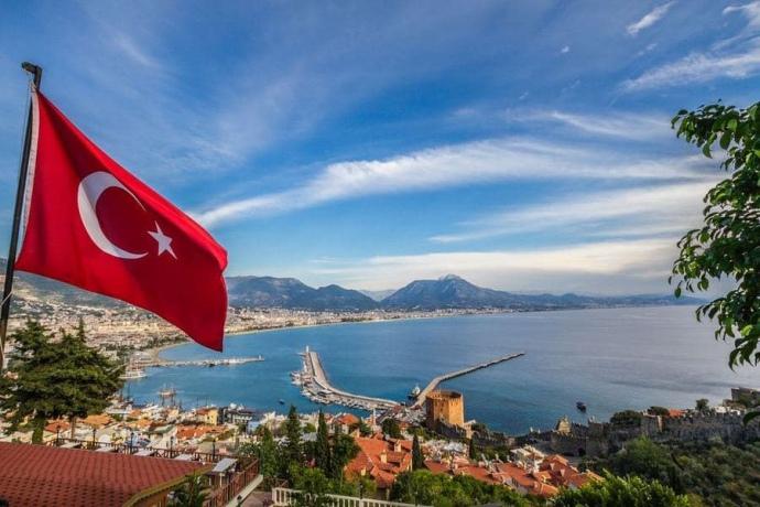 Туреччина з 1 липня готова приймати українців без самоізоляції і тестування