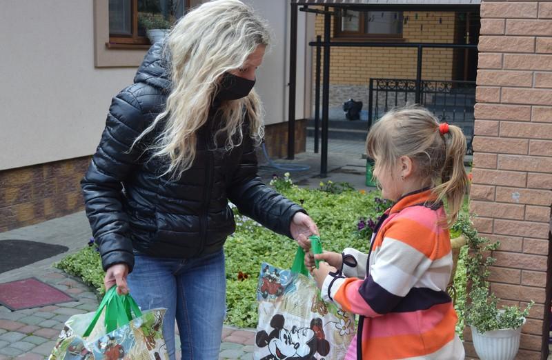 У Ковелі передали гостинці дітям загиблих бійців АТО