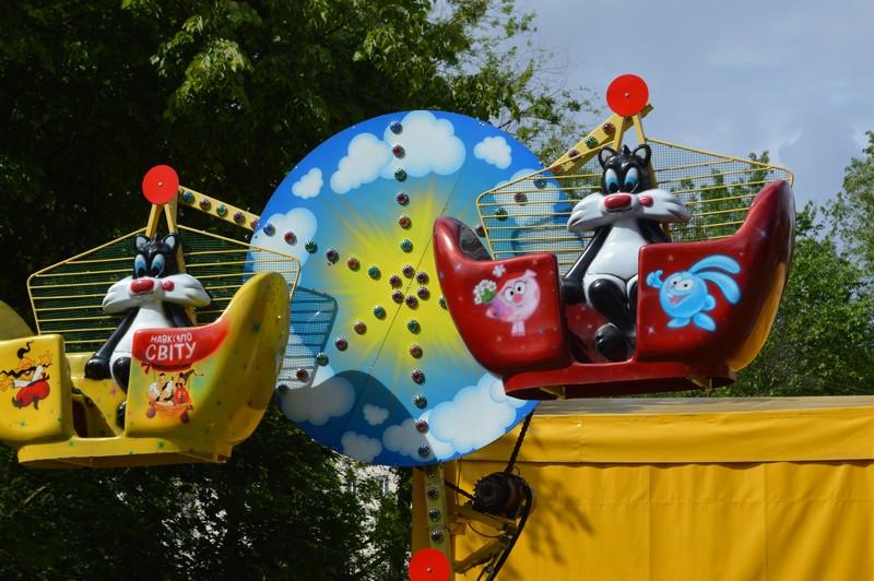 У Ковелі дитячі атракціони підготували до нового сезону