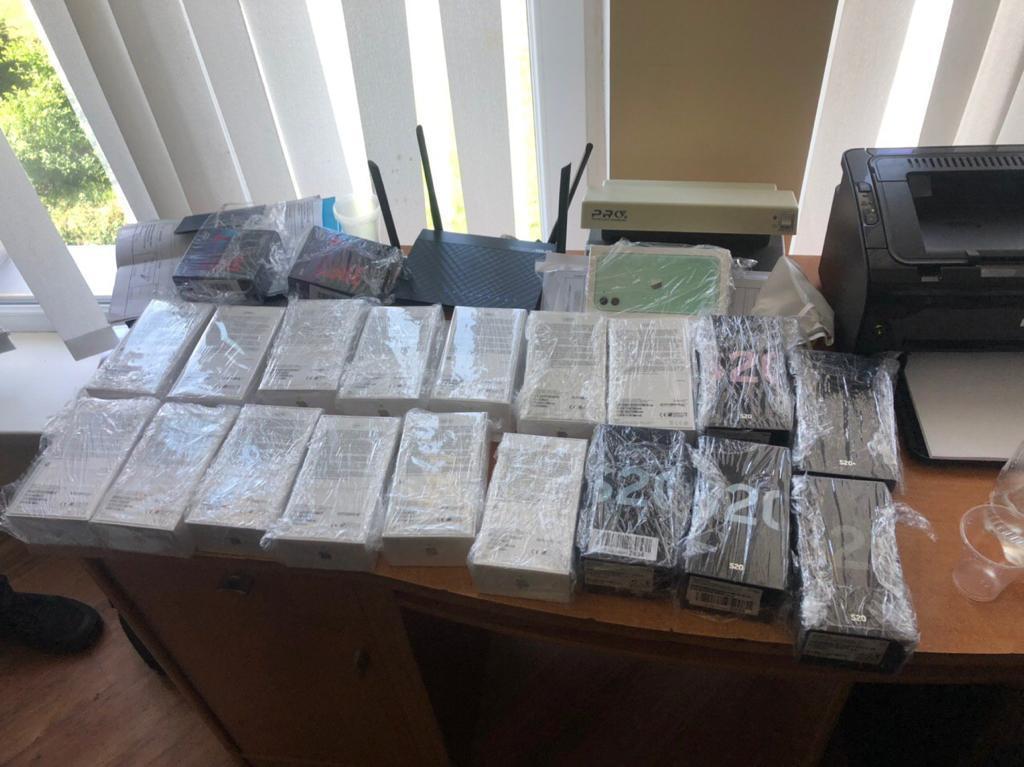 Прикордонники Луцького загону виявили мобільні телефони на суму майже півмільйона гривень