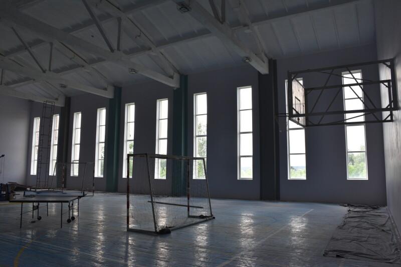 У Луцьку облаштовують спорткомплекс на базі колишнього приміщення ФСТ «Спартак»