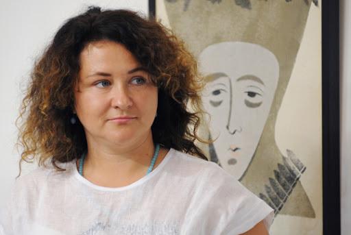 Луцька художниця представила фотопроект-роздум про еталони краси