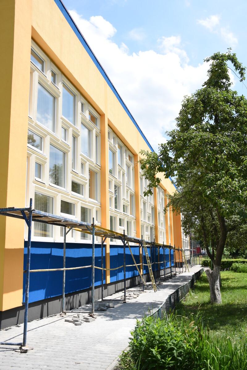 Автентику Луцького навчально-реабілітаційного центру обіцяють зберегти під час модернізації будівлі
