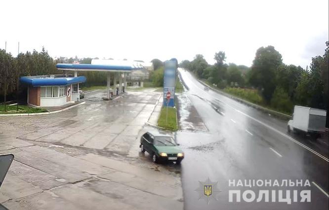 Поліція встановлює свідків ДТП у Луцькому районі
