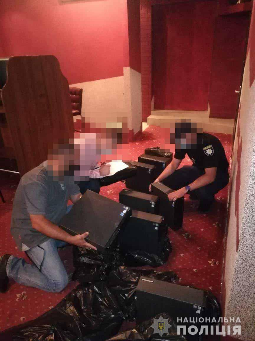 У Володимирі-Волинському поліцейські припинили діяльність підпільного грального закладу