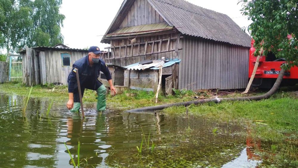 На Волині рятувальники відкачували воду з підтоплених територій