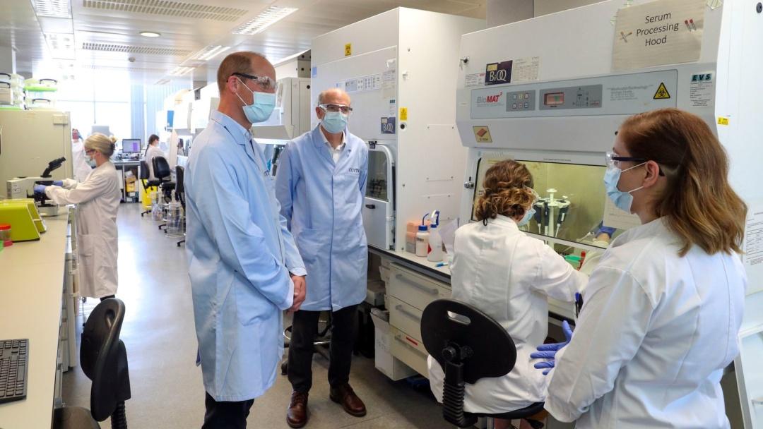 У Британії оприлюднили перші результати випробування на людях вакцини від коронавірусу