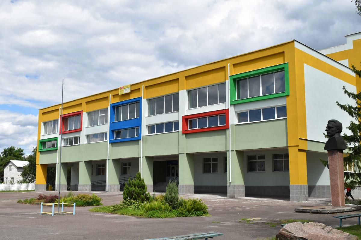 У Маневичах триває термомодернізація школи
