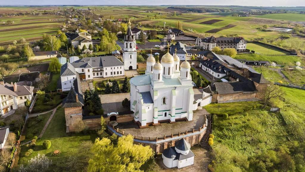 Комплекс споруд монастиря на Волині передадуть в користування релігійній громаді