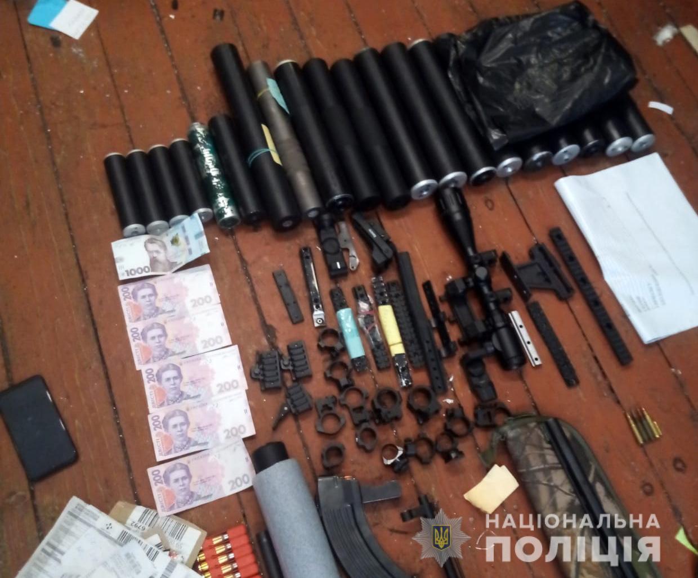 Волинянин незаконно переробляв зброю клієнтам з усієї України